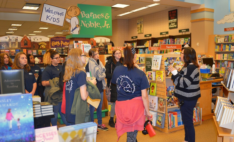 [PIC] CTI Early Childhood Education Students Visit Barnes & Noble to Learn What Appeals to Young Readers